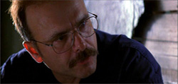 Joe Pantoliano as Teddy in Memento